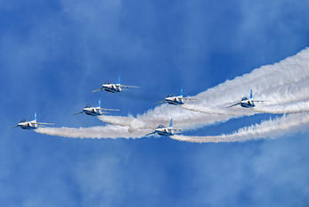 66-5745 - Japan - ASDF: Blue Impulse Kawasaki T-4