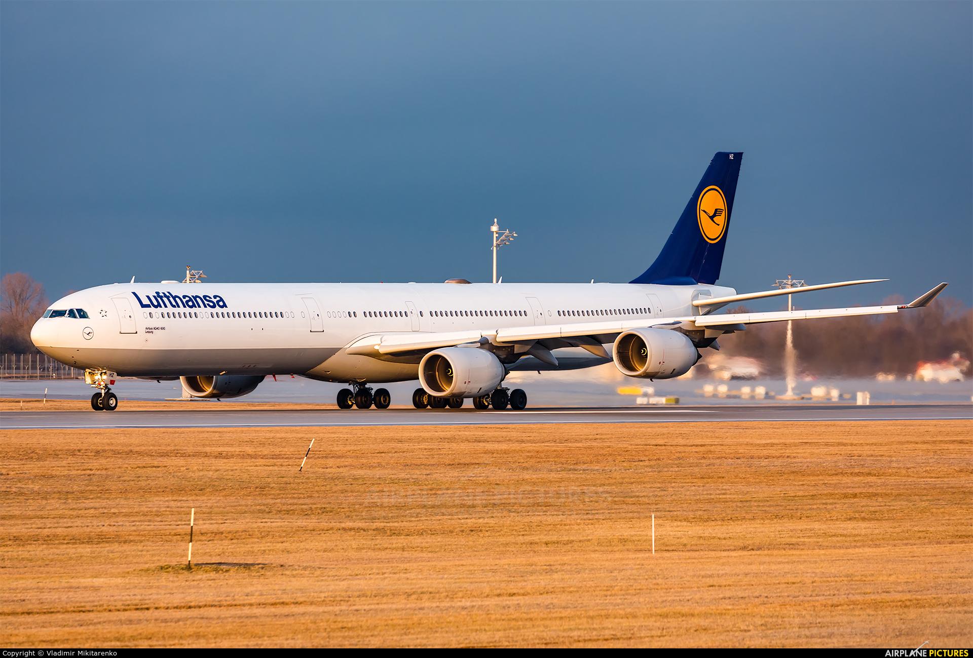 Lufthansa D-AIHZ aircraft at Munich