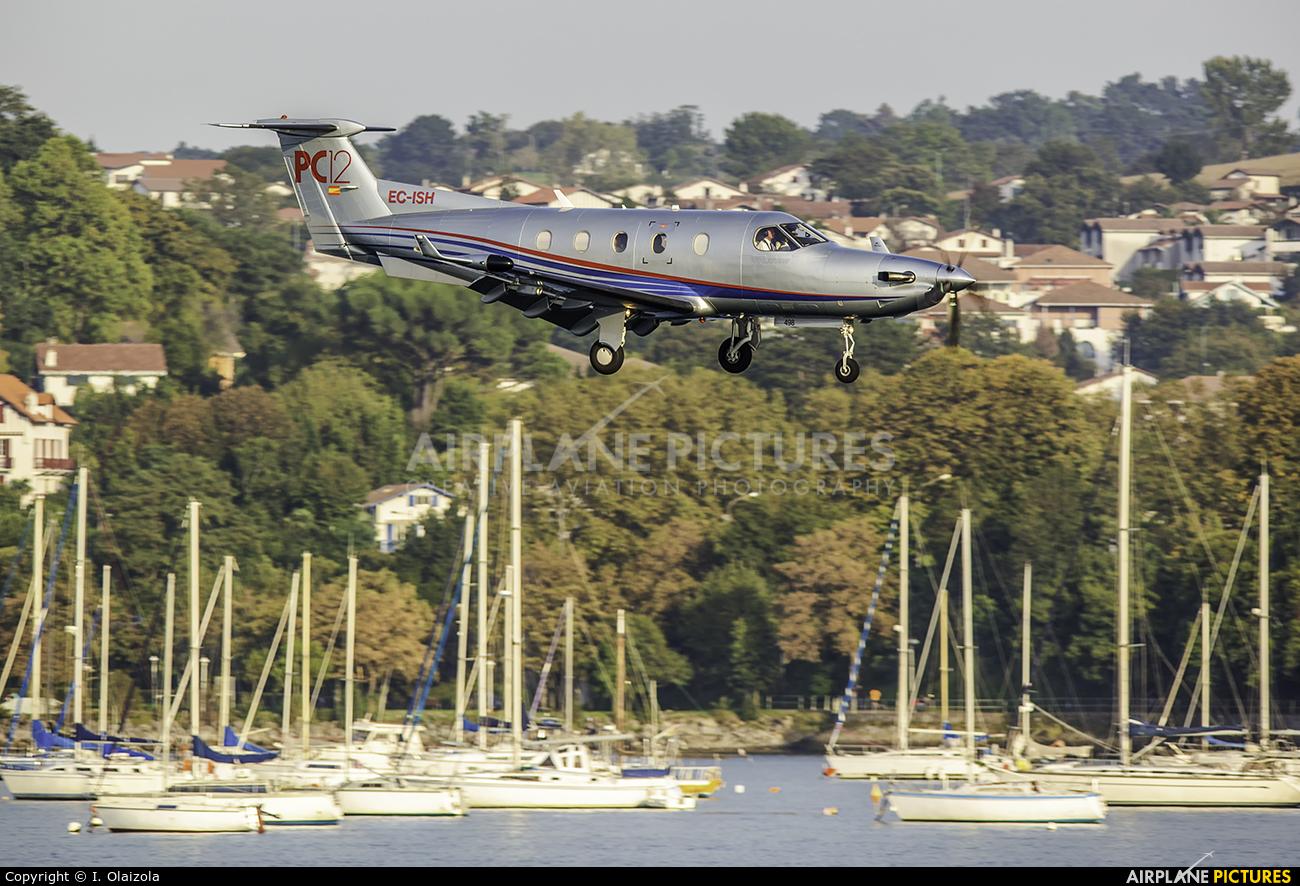 Private EC-ISH aircraft at San Sebastian