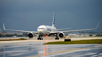 N378AN - American Airlines Boeing 767-300ER