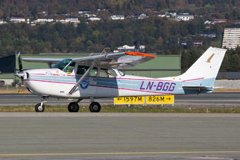 LN-BGG - Private Cessna 172 Skyhawk (all models except RG)