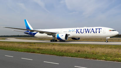 9K-AOK - Kuwait Airways Boeing 777-300ER