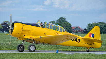 PH-KLU - Private Noorduyn AT-16 Harvard IIB