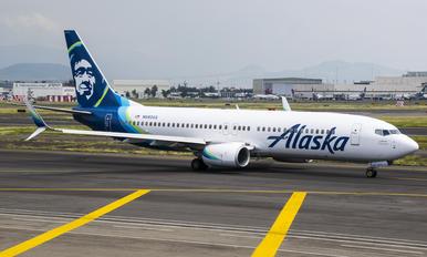 N593AS - Alaska Airlines Boeing 737-800