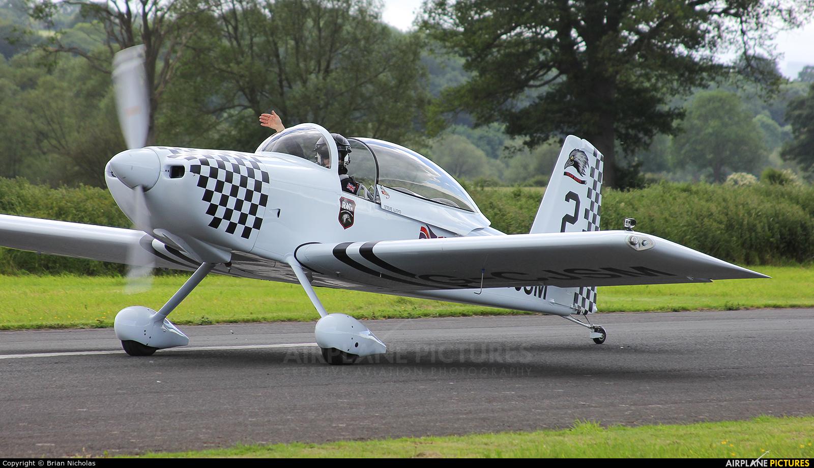 Team Raven G-CJSM aircraft at Welshpool