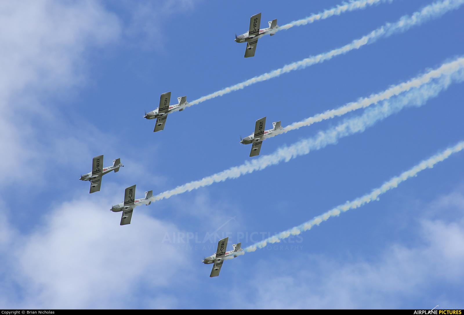 Team Raven G-CIBM aircraft at Welshpool