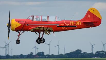 PH-DTY - Private Yakovlev Yak-52