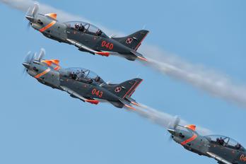 "043 - Poland - Air Force ""Orlik Acrobatic Group"" PZL 130 Orlik TC-1 / 2"