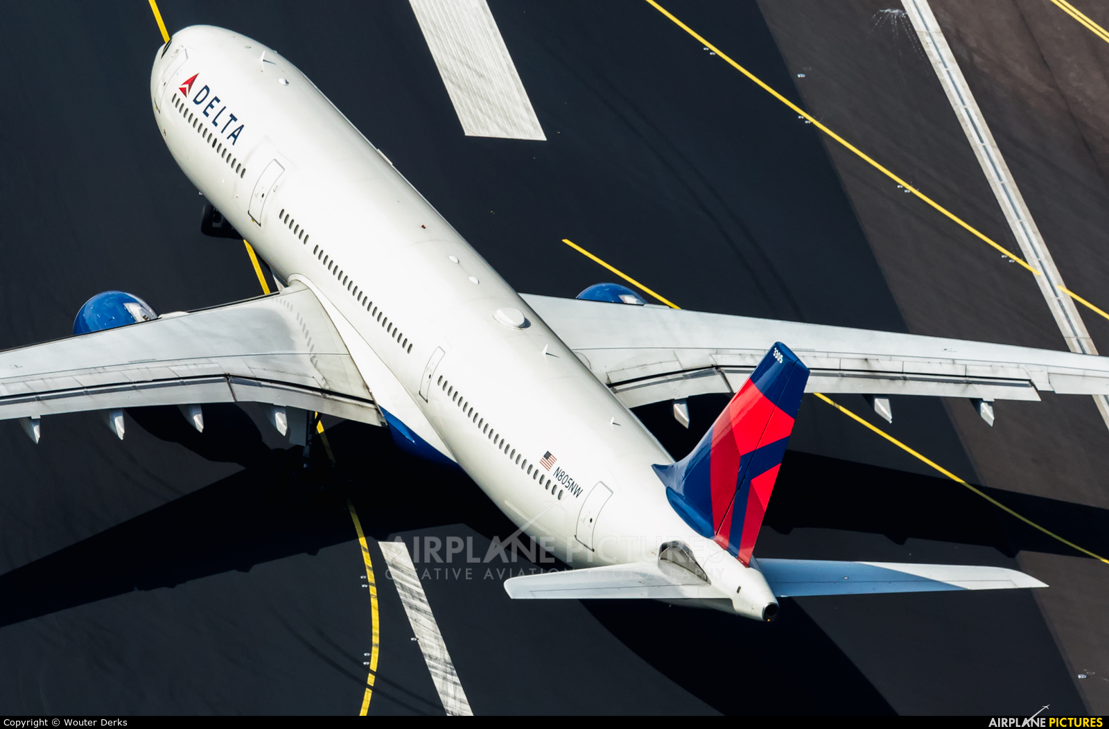 Delta Air Lines N805NW aircraft at Amsterdam - Schiphol