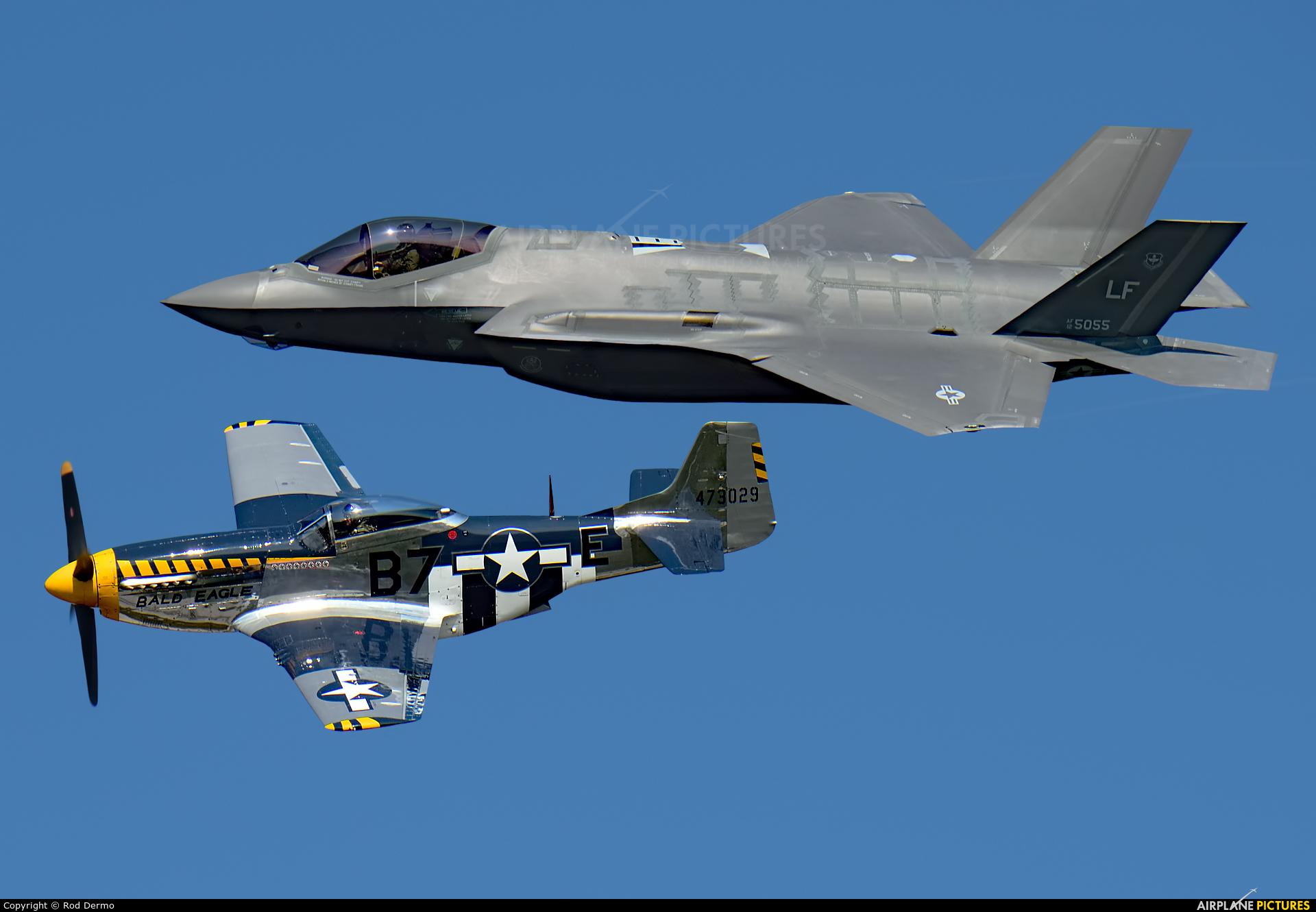 USA - Air Force 12-5055 aircraft at London  Intl, ON