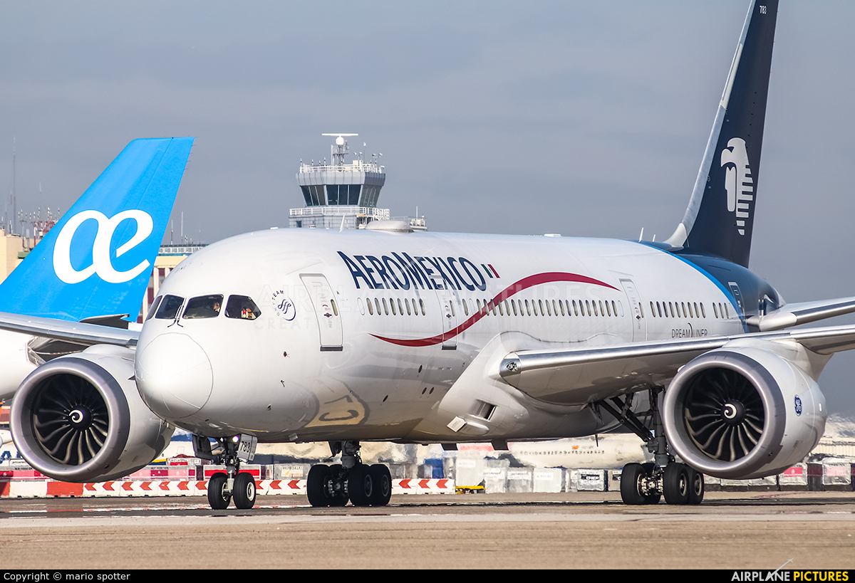Aeromexico N965AM aircraft at Madrid - Barajas
