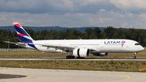 A7-AMC - Qatar Airways Airbus A350-900 aircraft