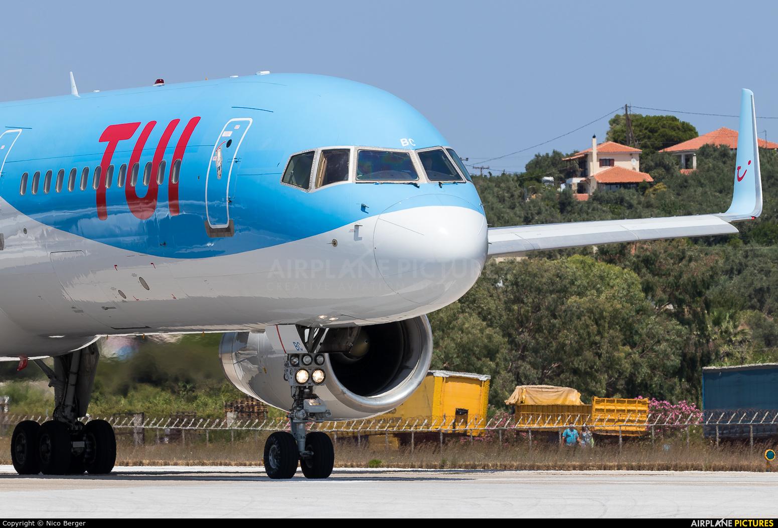 TUI Airways G-OOBC aircraft at Skiathos