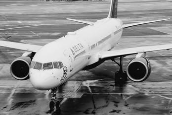 N709TW - Delta Air Lines Boeing 757-200