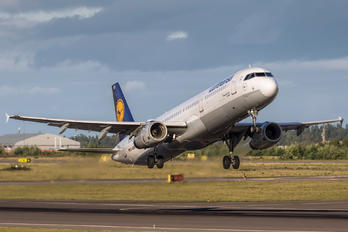 D-AISD - Lufthansa Airbus A321
