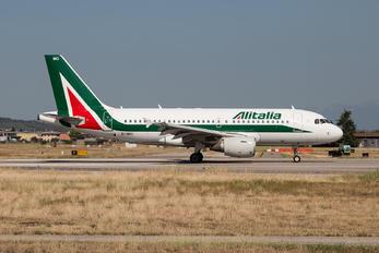 EI-IMO - Alitalia Airbus A319