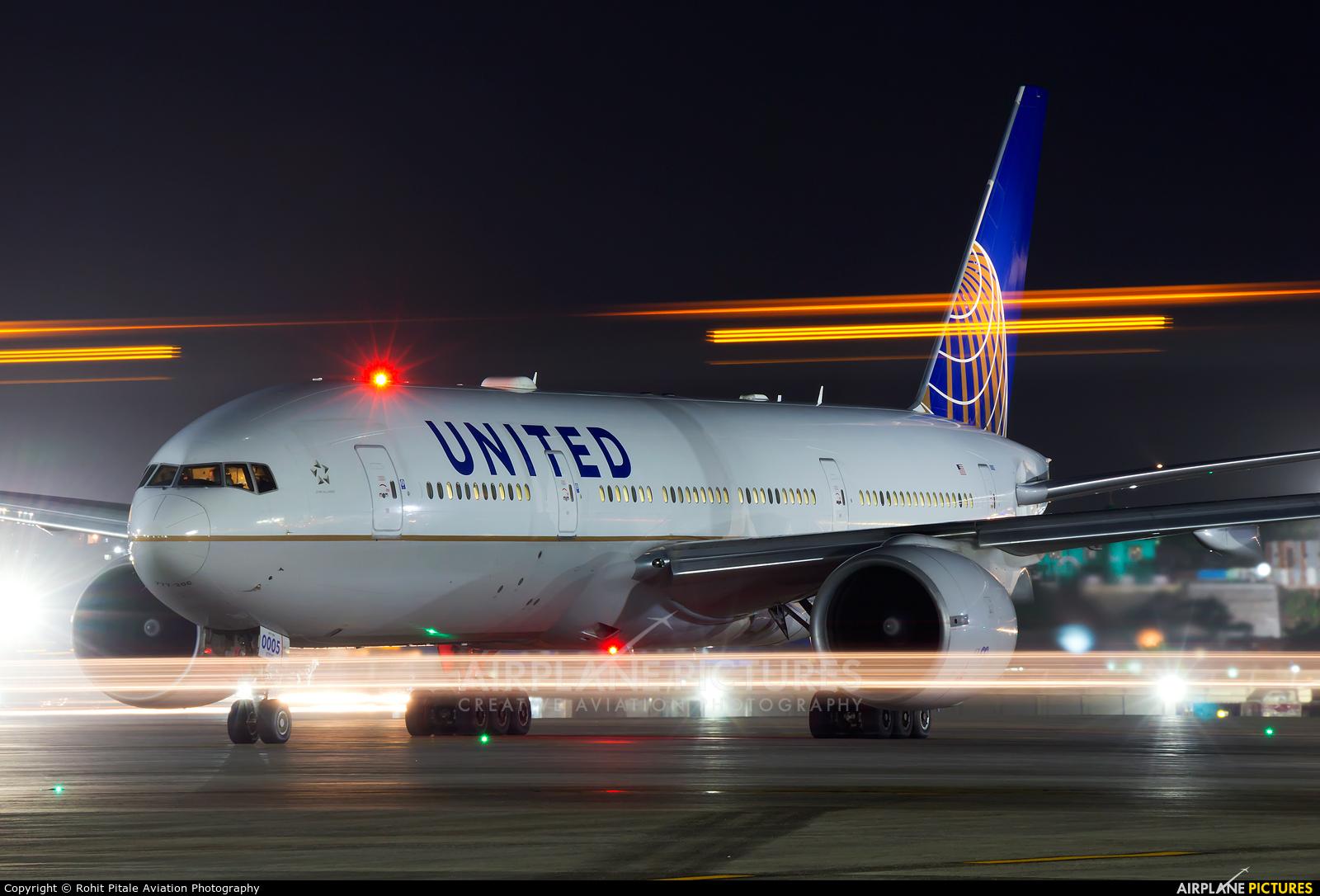 United Airlines N78003 aircraft at Mumbai - Chhatrapati Shivaji Intl