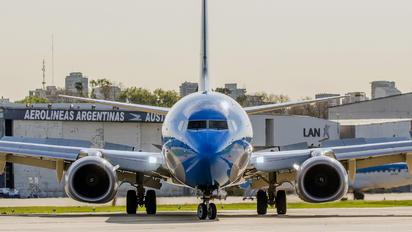 LV-GUB - Aerolineas Argentinas Boeing 737-800