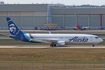 N315AS - Alaska Airlines Boeing 737-900