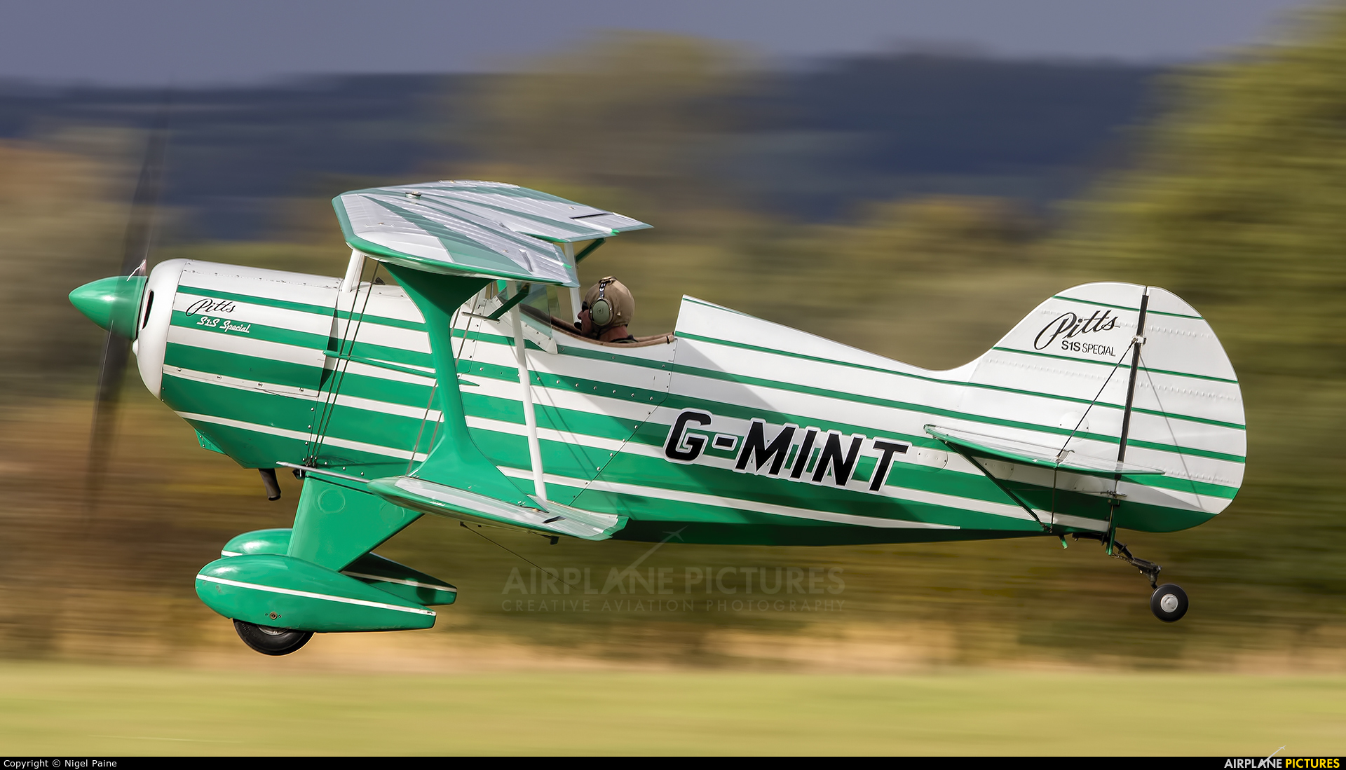 Private G-MINT aircraft at Lashenden / Headcorn