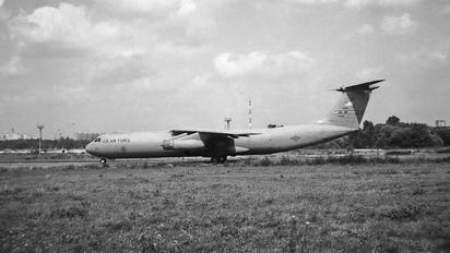 67-0016 - USA - Air Force Lockheed C-141 Starlifter
