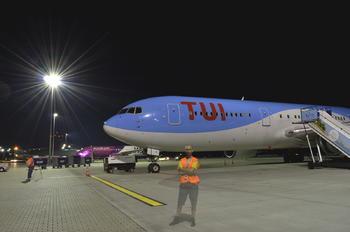 PH-OYI - TUI Boeing 767-300ER