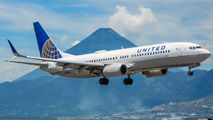 N33289 - United Airlines Boeing 737-800 aircraft