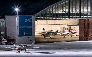 - - - Airport Overview - Airport Overview - Hangar