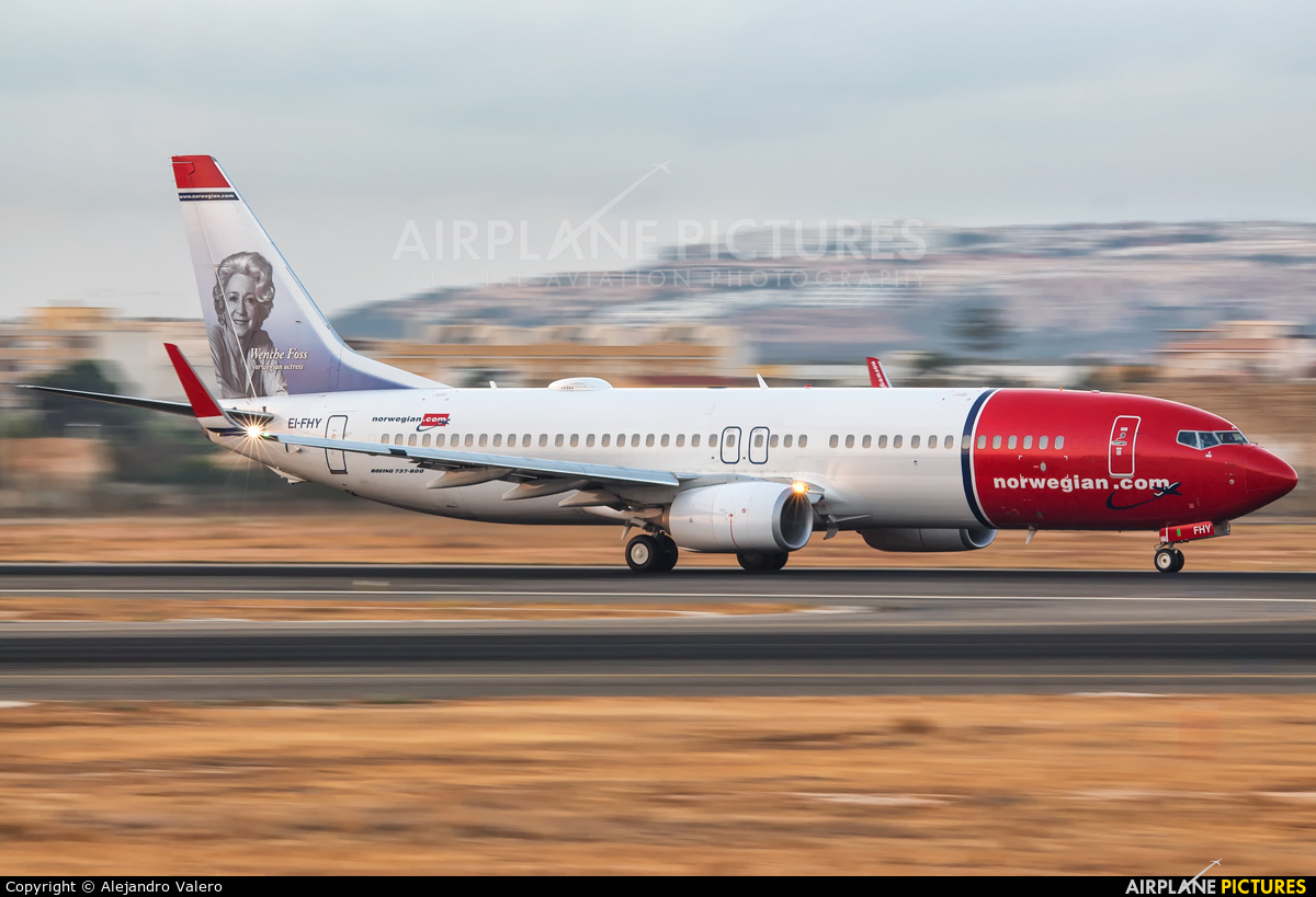 Norwegian Air International EI-FHY aircraft at Alicante - El Altet