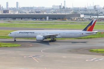 RP-C7777 - Philippines Airlines Boeing 777-300ER