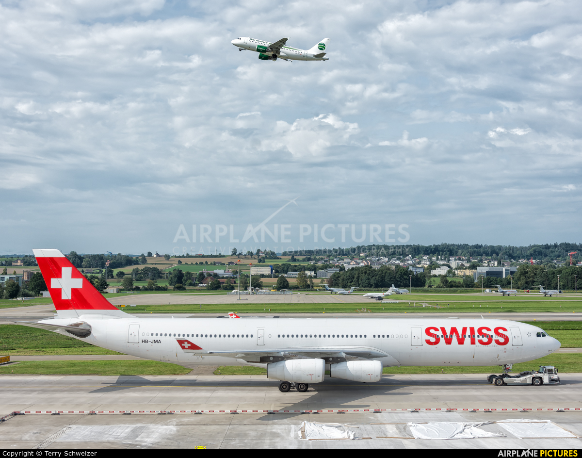 Swiss HB-JMA aircraft at Zurich