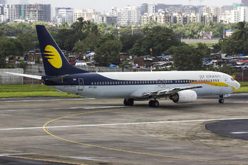 VT-JGC - Jet Airways Boeing 737-900