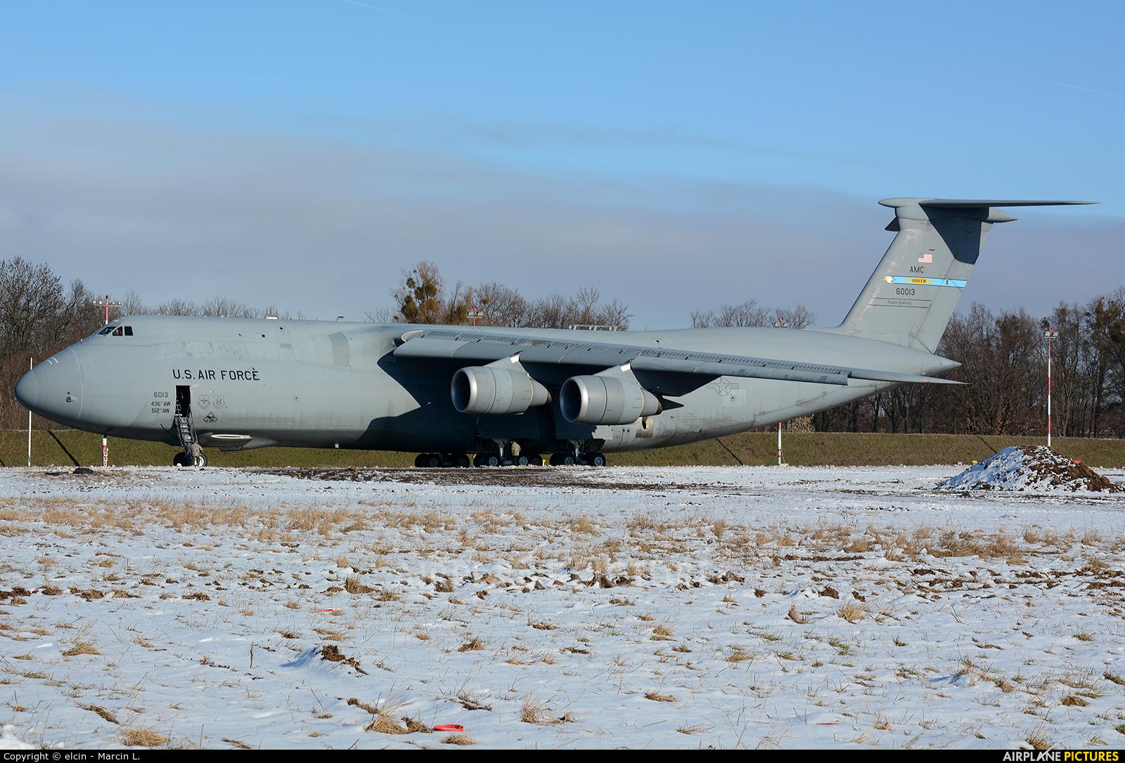 USA - Air Force 86-0013 aircraft at Wrocław - Copernicus