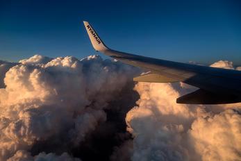 EI-EMI - Ryanair Boeing 737-800