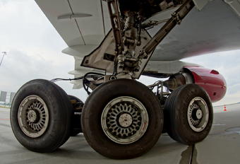 N819AX - Omni Air International Boeing 777-200ER