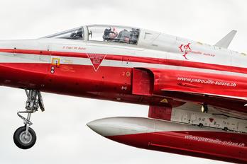 J-3082 - Switzerland - Air Force:  Patrouille de Suisse Northrop F-5E Tiger II