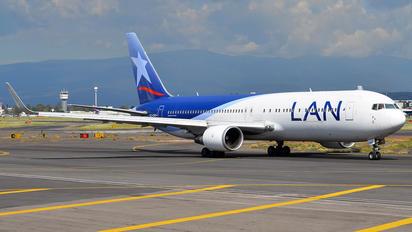 CC-CXK - LAN Airlines Boeing 767-300ER