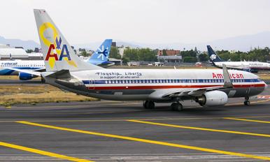 N905AN - American Airlines Boeing 737-800