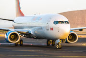 C-GNCH - Sunwing Airlines Boeing 737-800 aircraft