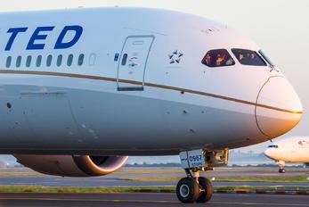 N26967 - United Airlines Boeing 787-9 Dreamliner