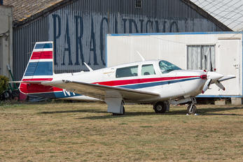 N1412M - Private Mooney M20J-201