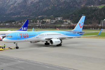 G-BYAY - TUI Boeing 757-200
