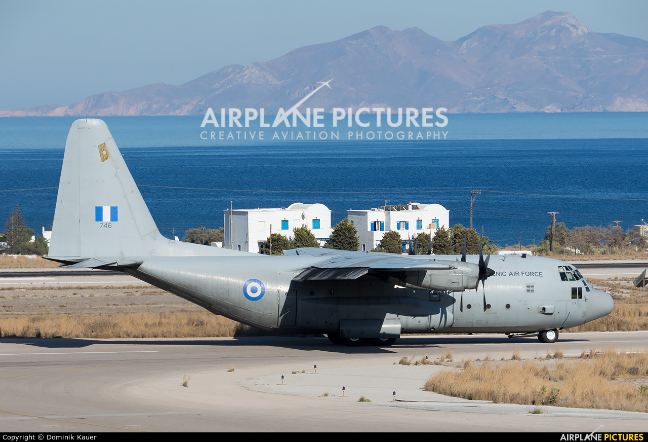 Greece - Hellenic Air Force 746 aircraft at Santorini
