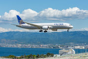 N26960 - United Airlines Boeing 787-9 Dreamliner aircraft