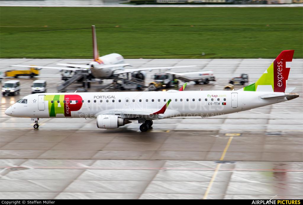 TAP Express CS-TTW aircraft at Stuttgart