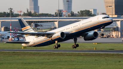 EC-HDS - Privilege Style Boeing 757-200