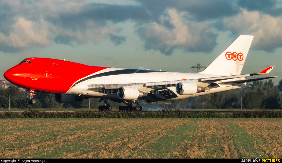 TNT OO-THB aircraft at Amsterdam - Schiphol