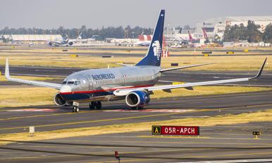 XA-NAM - Aeromexico Boeing 737-700