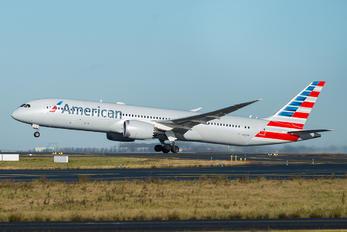 N821AN - American Airlines Boeing 787-8 Dreamliner