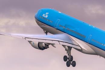 PH-AKD - KLM Airbus A330-300